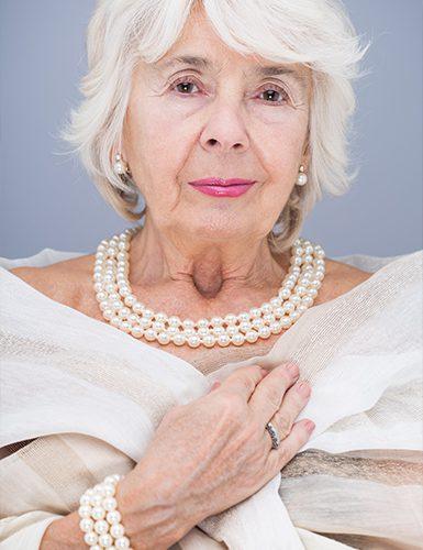 Oma sex mit alter 60 Granny