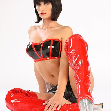 Transe in Latex Kleidung